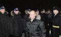 Владимир Путин приветствует сдаточную команду корабля